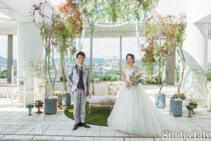 姫路城を背景にチャペル撮影